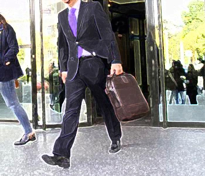 Procurador Luis Andrés Pastor Oleaga, alicanteprocurador.es